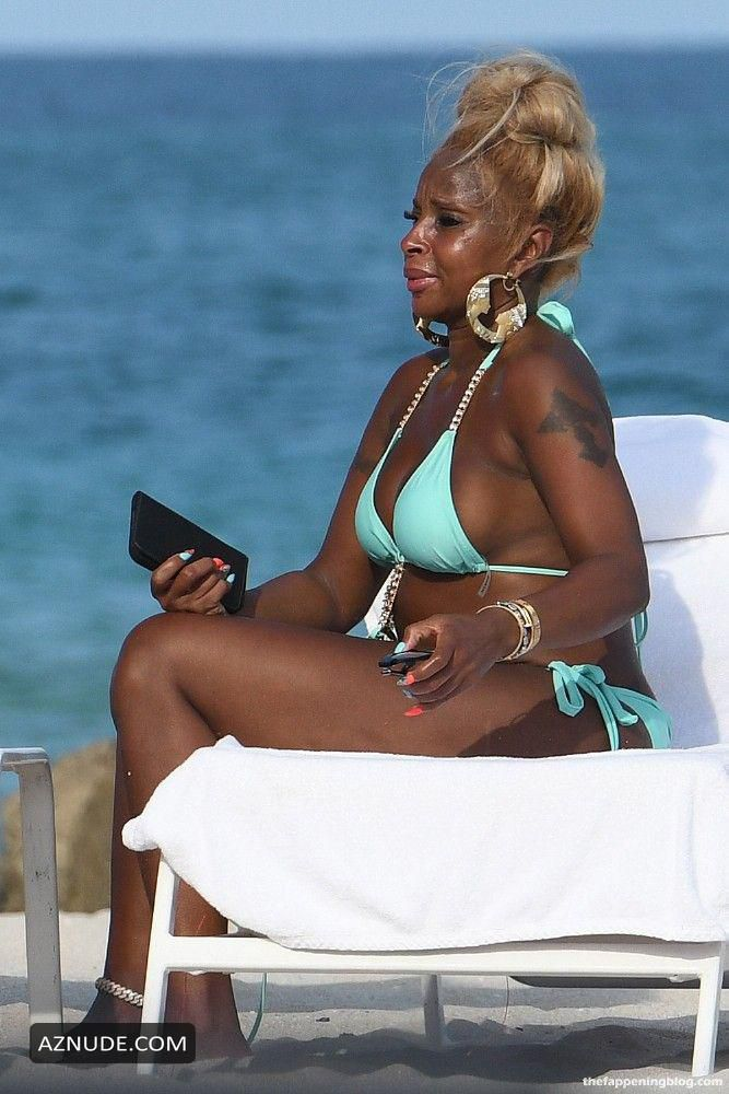 Mary-J.-Blige-Sexy-5-1_